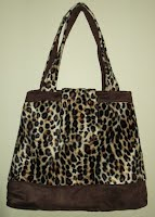 ED0086 Animal Print Contrasting Band with Flap Closure
