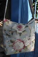 ED0210 Blue Floral Large Cross Body
