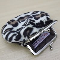 PS0088 Animal Fur Snap Frame Purse